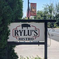 Rylu's Bistro logo